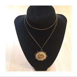 Vintage Gold Embroidered Pendant Necklace